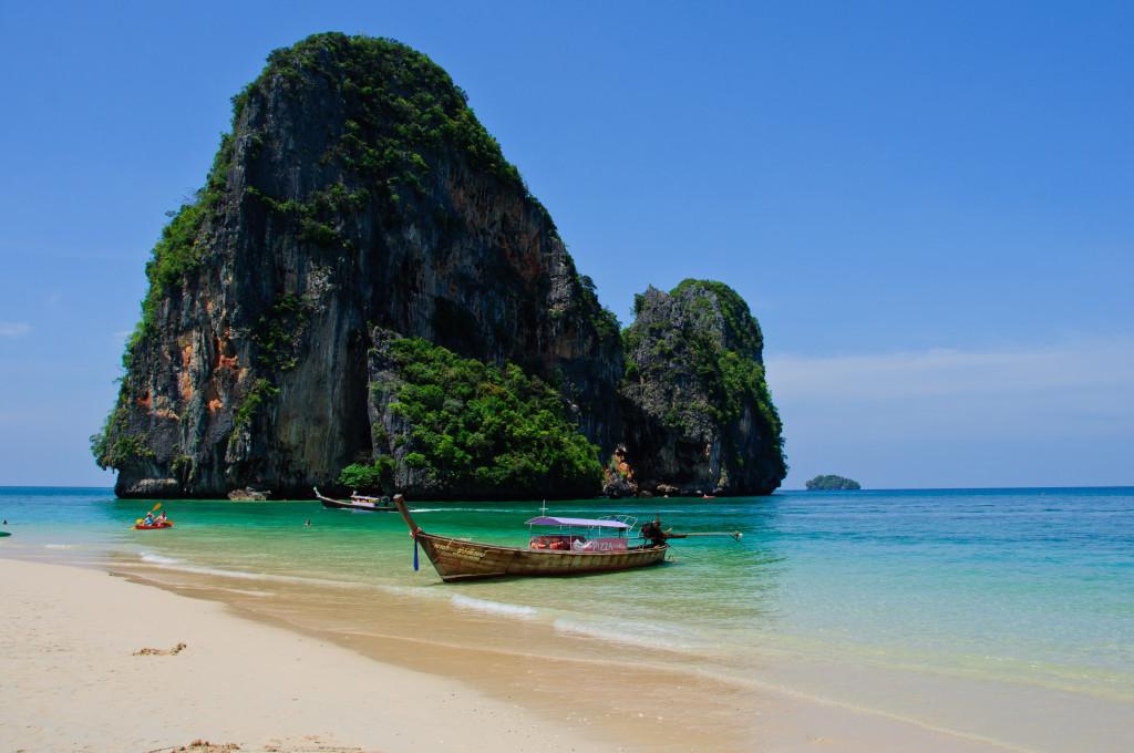 Краби - потрясающая природа и прозрачное море!