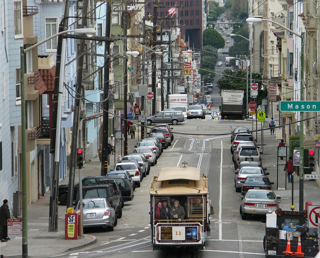 Общественный транспорт городов США: как сориентироваться