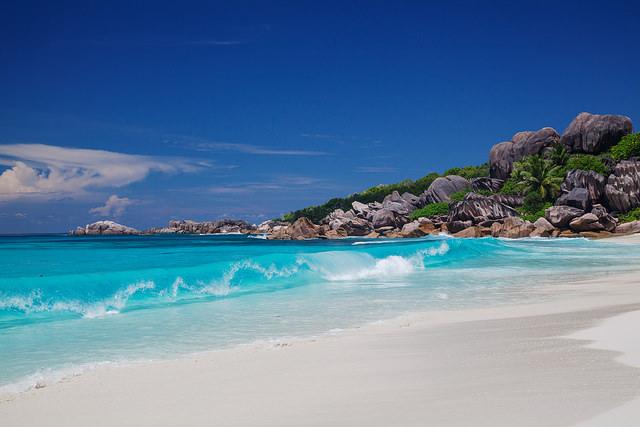 Какой остров Индийского океана выбрать?