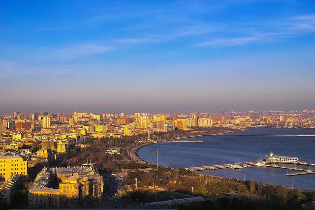 Тысяча и одна причина поехать в Баку