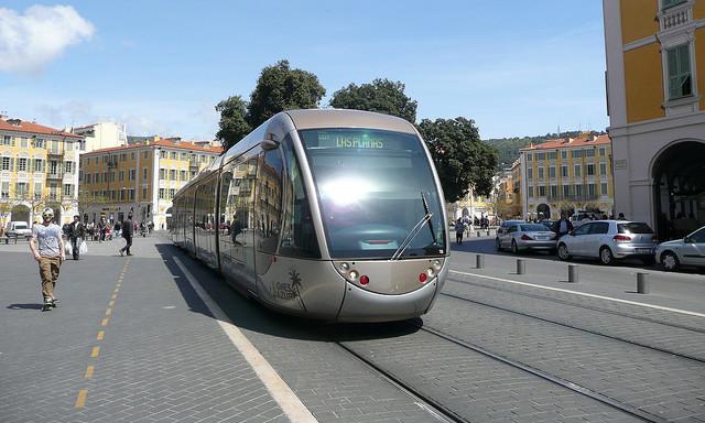 Поезда в Ницце