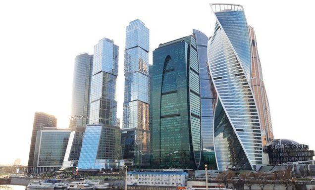 Москва-сити, вид с Пресненской набережной