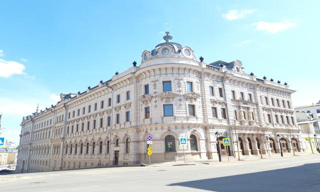 Кремлевская улица в Казани/Loratravels
