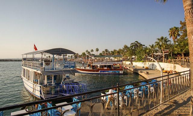 Морская гавань в Сиде