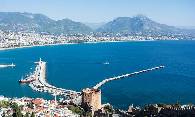 Панорама Анталийского побережья